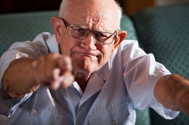 difficult-elderly-behavior-big-hearts