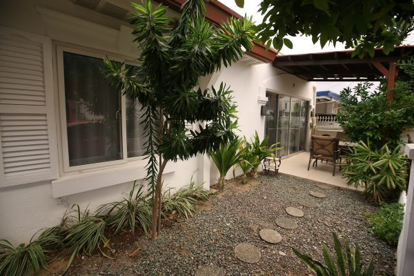16 ABERDEEN ST., BF HOMES, PARANAQUE CITY